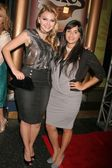 Aimee Teegarden and Jazmin Whitley at the 5th Annual YMI Jeans Fashion Show and After Party. Music Box Theatre, Hollywood, CA. 10-06-08 — Foto de Stock