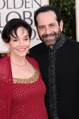 Tony Shalhoub and Brooke Adams — Stock Photo