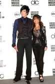 Adam Lambert and Paula Abdul at the 2009 American Music Awards Nomination Announcements. Beverly Hills Hotel, Beverly Hills, CA. 10-13-09 — Stock Photo