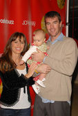 Trista and Ryan Sutter and baby — Stock Photo