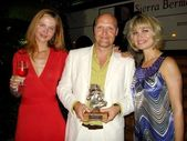 Ad Bol and wife with Rena Riffel at the 9th Estepona International Week of Horror and Fantasy Cinema Film Festival. Estepona, Spain. 09-08-08 — Stock Photo