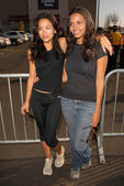 Stephanie Jacobsen and Jessica Lucas — Stock Photo