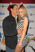 Danny Trejo and Paula LaBaredas at Bridgetta Tomarchio B-Day Bash and Babes in Toyland Toy Drive, Lucky Strike, Hollywood, CA. 12-04-09 — Foto Stock