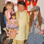 ������, ������: Jackie Chan Alina Foley and Madeline Carroll