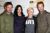 David Arquette and Courteney Cox with Patricia Arquette and Thomas Jane — Stock Photo