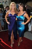 Kym Johnson and Cheryl Burke — Stock Photo