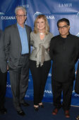Ted Danson, Arianna Huffington and Deepak Chopra — Stock Photo