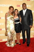 "Holly Robinson Peete, Rodney Peete and children at the ""CNN Heroes: An All-Star Tribute,"" Kodak Theater, Hollywood, CA. 11-21-09 — Stock Photo"