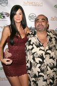 Jayde Nicole and Ken Davitian — Стоковое фото