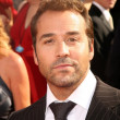 Jeremy Piven at 60th Annual Primetime Emmy Awards Red Carpet. NokiTheater, Los Angeles, CA. 09-21-08 — Stock Photo #15179095