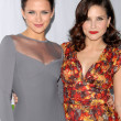 Shantel VanSanten and Sophia Bush — Stock Photo