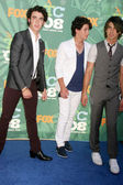 Kevin Jonas with Nick Jonas and Joe Jonas — Stock Photo