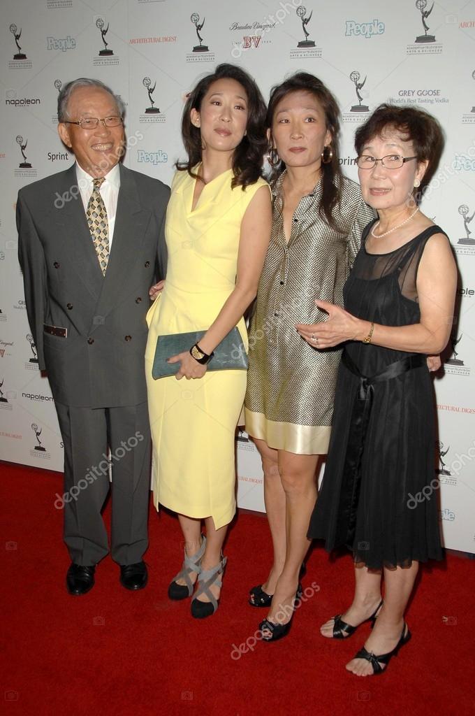 Sandra Oh family