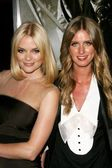 Jaime King and Nicky Hilton — Stock Photo