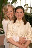 Brenda King and Ann Reinking — Stock Photo