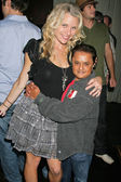 Erin Raftery and Deep Roy — Stock Photo