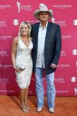 Alan Jackson and wife Denise at the 44th Annual Academy of Country Music Awards. MGM Grand Garden Arena, Las Vegas, NV. 04-05-09 — Stock Photo