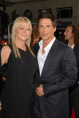 Sheryl Berkoff and Rob Lowe — Stock Photo