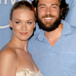 Yvonne Strahovski and Zachary Levi — Stock Photo #15257481