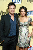 Jason Bateman and Mila Kunis — Стоковое фото