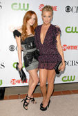 Ashlee Simpson, Katie Cassidy — Stock Photo