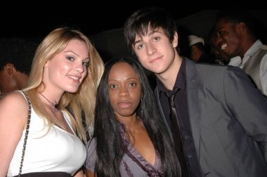 Ashley Madison, Charmaine Blaker, David Henrie