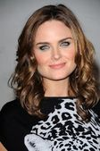 Emily Deschanel — Photo