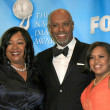 Постер, плакат: Shonda Rhimes with James Pickens Jr and Chandra Wilson