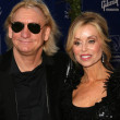Joe Walsh and wife Juanita at the Grammy Foundation&#039;s Starry Night Gala. University of Southern California, Los Angeles, CA. 07-12-08 - Stock fotografie