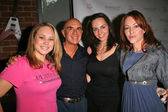 Robert Shapiro with Valbona Coba and Jenny McShane — Stock Photo