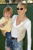 Sharon Stone and son — Stock Photo