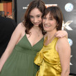 Gale Anne Hurd and daughter Lolita — Stock Photo