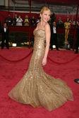 Adrienne frantz anländer på 80 academy awards. kodak theatre i hollywood, ca. 02-24-08 — Stockfoto