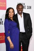 Aonika Laurent and Sean Patrick Thomas — Stock Photo