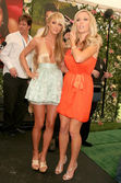 Sara Jean Underwood and Kendra Wilkinson — Foto Stock