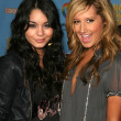 Постер, плакат: Vanessa Ann Hudgens and Ashley Tisdale