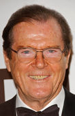 Roger Moore — Stock Photo