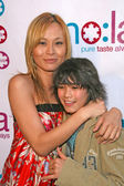 Helen Wong and Boo Boo Stewart — Stock Photo