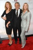 Rene Russo with Zev Braun and Bo Derek — Stock Photo