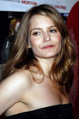 "Jennifer Jason Leigh at the AFI Fest 2007 Screening Of ""Margot At The Wedding"". AFI Fest Rooftop Village, Hollywood, CA. 11-03-07 — Stock Photo"