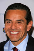 Antonio Villaraigosa At the Live for Sderot Benefit Concert Launching Israel's 60th Independence Celebration in the United States. The Wilshire Theater, Beverly Hills, CA. 02-26-08 — Stock Photo
