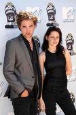 Robert Pattinson and Kristen Stewart — Stock Photo