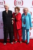 Beatrice arthur, rue mcclanahan, betty vit — Stockfoto