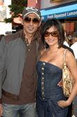 Shaun Toub with wife, Lorena — Stock Photo