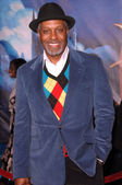"James Pickens Jr. at the Los Angeles premiere of ""Enchanted"". El Capitan Theatre, Hollywood, CA. 11-17-07 — Foto Stock"