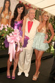 Jayde Nicole with Hugh M. Hefner and Sara Jean Underwood — 图库照片