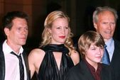 """Kevin Bacon and Alison Eastwood with Miles Heizer and Clint Eastwood at the Los Angeles premiere of """"Rails And Ties"""". Steven J. Ross Theatre, Burbank, CA. 10-23-07 — Stock Photo"""