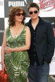 スーザン ・ サランドンと息子のマイル — ストック写真
