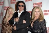 Tracy Tweed with Gene Simmons and Shannon Tweed — 图库照片