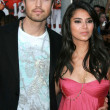 "Eric Winter and Roselyn Sanchez at the world premiere of ""The Game Plan"". El Capitan Theater, Hollywood, CA. 09-23-07 — Stock Photo"
